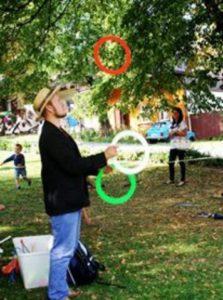 żonglowanie.spektakle dla małych dzieci w krakowie